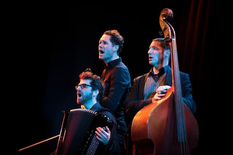 Mozart und EAV im Tango vereint